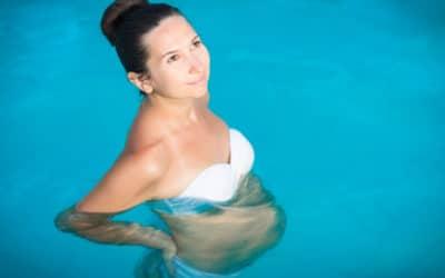 How to buy maternity swimwear