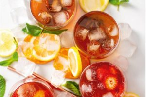 Spicy Rooibos & Fruity Cranberry Cooler
